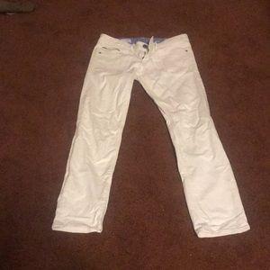 White Gap 1969 cropped straight leg jeans